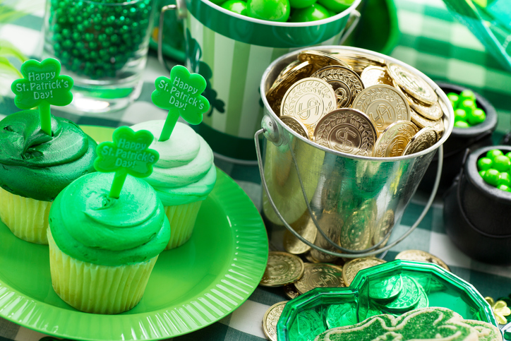 How to Throw a Cheap St Patrick's Day Party