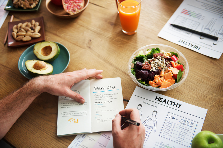 How to Spring Clean Your Eating Habits Without Busting Your Budget