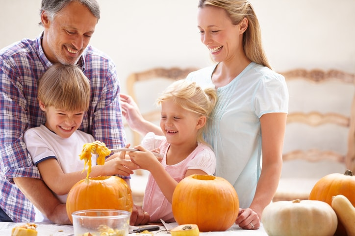 Cheap Fall Activities To Do With The Kids