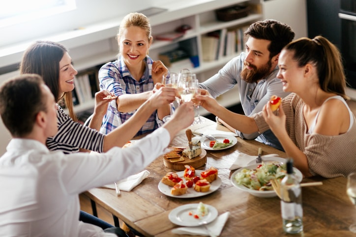 Host a New Year's Brunch for Less